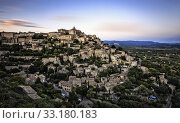 gordes city in provence. Стоковое фото, фотограф Werner Weber / PantherMedia / Фотобанк Лори