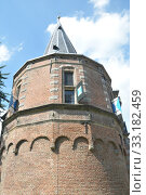 tower of a city gate in kampen. Стоковое фото, фотограф Jens Schade / PantherMedia / Фотобанк Лори