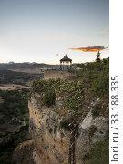 Купить «Viewpoint of Puente Nuevo», фото № 33188335, снято 4 апреля 2020 г. (c) PantherMedia / Фотобанк Лори