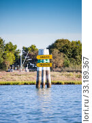 Boat sign in the lagoon of Grado. Friuli Venezia Giulia, Italy. Стоковое фото, фотограф Roberta Patat / PantherMedia / Фотобанк Лори
