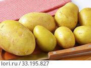 New potatoes. Стоковое фото, фотограф Alena Dvorakova / PantherMedia / Фотобанк Лори