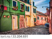 Купить «Colour houses on Burano island, province of Venice», фото № 33204691, снято 28 марта 2020 г. (c) PantherMedia / Фотобанк Лори