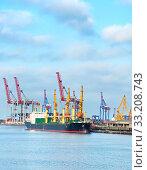 Купить «Odessa industrial sea port, Ukraine», фото № 33208743, снято 26 мая 2020 г. (c) PantherMedia / Фотобанк Лори