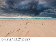 Купить «Cloudy sky and strong wind for kite surf in Tarifa, Spain», фото № 33212827, снято 2 июня 2020 г. (c) easy Fotostock / Фотобанк Лори