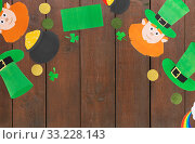 st patrick's day decorations on white background. Стоковое фото, фотограф Syda Productions / Фотобанк Лори