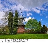 papenburg windmill - windmill papenburg 02. Стоковое фото, фотограф Liane Matrisch / PantherMedia / Фотобанк Лори