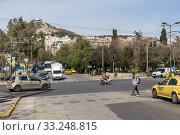 Купить «Central street in Athens (Greece)», фото № 33248815, снято 26 февраля 2020 г. (c) Татьяна Ляпи / Фотобанк Лори