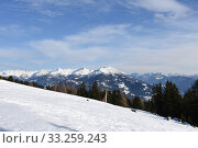 Купить «Winter sports,ski slope,ski area,piste,mountain,Zettersfeld,Lienz,lift», фото № 33259243, снято 26 мая 2020 г. (c) PantherMedia / Фотобанк Лори
