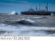 Купить «Краснодарский край, Туапсе, зимний шторм на Чёрном море», фото № 33262923, снято 26 февраля 2020 г. (c) glokaya_kuzdra / Фотобанк Лори