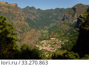 Mountain village, Madeira. Стоковое фото, фотограф Edwin Giesbers / Nature Picture Library / Фотобанк Лори
