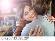 Купить «Brunette girl happy to see her boyfriend again», фото № 33320291, снято 9 апреля 2020 г. (c) PantherMedia / Фотобанк Лори