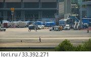 Купить «Supervisor meets helicopter at the airport», видеоролик № 33392271, снято 28 ноября 2016 г. (c) Игорь Жоров / Фотобанк Лори