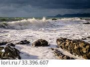 Купить «Краснодарский край, Туапсе, зимний шторм у мыса Кадош», фото № 33396607, снято 28 февраля 2020 г. (c) glokaya_kuzdra / Фотобанк Лори
