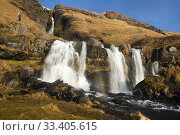 Another of the waterfalls that do not go unnoticed in the south of Iceland is the Gluggafoss, although it is less tourist than others in the area known as the Golden Circle. Стоковое фото, фотограф Joaquín Gómez / age Fotostock / Фотобанк Лори