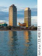 Купить «Skyscrapers in coastal zone of Barcelona», фото № 33408951, снято 16 апреля 2018 г. (c) Яков Филимонов / Фотобанк Лори