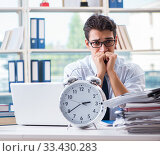 Купить «Businessman missing deadline for deliverables in office», фото № 33430283, снято 21 сентября 2017 г. (c) Elnur / Фотобанк Лори