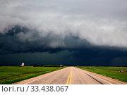 Купить «Prairie Storm Clouds Canada Saskatchewan Summer Warnings», фото № 33438067, снято 27 мая 2020 г. (c) age Fotostock / Фотобанк Лори