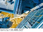Купить «Вид сверху на современные здания в Екатеринбурге. Россия», фото № 33480327, снято 24 марта 2020 г. (c) Евгений Ткачёв / Фотобанк Лори