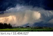 Купить «Tornado Warned Storm in Saskatchewan Canada dramatic», фото № 33494027, снято 27 мая 2020 г. (c) age Fotostock / Фотобанк Лори