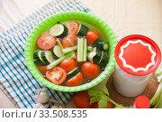 Pickled vegetables with brine. Стоковое фото, фотограф Дарья Филимонова / Фотобанк Лори