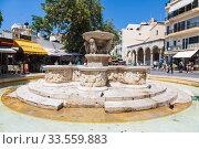 Heraklion, Lion Fountain or also Morozini Fountain in the square Lions. Crete, Greece (2017 год). Редакционное фото, фотограф Наталья Волкова / Фотобанк Лори