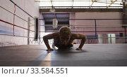 Купить «Mixed race woman working out in boxing gym», видеоролик № 33584551, снято 15 мая 2019 г. (c) Wavebreak Media / Фотобанк Лори