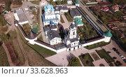 Aerial view of Vysotsky monastery at sunny day in Serpukhov, Russia. Стоковое видео, видеограф Яков Филимонов / Фотобанк Лори