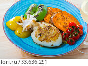 Купить «Image of sepia fried on a grill with pepper, boiled batat and honey-mustard sauce», фото № 33636291, снято 23 мая 2020 г. (c) Яков Филимонов / Фотобанк Лори