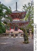 Купить «Tahoto (Many-jewelled pagoda) of Chion-in temple complex. Kyoto. Japan», фото № 33680447, снято 18 октября 2019 г. (c) Serg Zastavkin / Фотобанк Лори