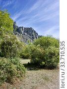 Купить «Demerdzhi Ghost Valley», фото № 33710535, снято 26 сентября 2019 г. (c) Александр Карпенко / Фотобанк Лори