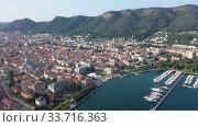 Купить «Panoramic aerial view of the city of Como. Italy», видеоролик № 33716363, снято 1 сентября 2019 г. (c) Яков Филимонов / Фотобанк Лори