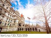 Staircase side view of New York State Capitol (2018 год). Стоковое фото, фотограф Сергей Новиков / Фотобанк Лори