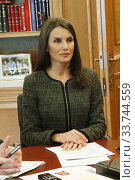 King Felipe VI of Spain, Queen Letizia of Spain attends a videoconference with General Council of Official Pharmaceutical Colleges at Zarzuela Palace on May 13, 2020 in Madrid, Spain. Редакционное фото, фотограф Manuel Cedron / age Fotostock / Фотобанк Лори