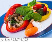 Купить «Stuffed bell peppers», фото № 33748127, снято 27 мая 2020 г. (c) Яков Филимонов / Фотобанк Лори