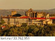 Купить «Convento de Cristo,año 1162, patrimonio de la humanidad,Tomar, distrito de Santarem, Medio Tejo, region centro, Portugal, europa.», фото № 33762951, снято 5 июня 2020 г. (c) easy Fotostock / Фотобанк Лори