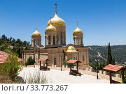 View on the church of all Saints in the land of the Russian brightened of the Russian Orthodox Gornensky convent of the Russian Spiritual Mission, Ein Kerem. Israel (2018 год). Стоковое фото, фотограф Наталья Волкова / Фотобанк Лори
