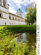 Купить «Nicolo-Vyazhishchsky monastery in Veliky Novgorod», фото № 33774107, снято 23 августа 2019 г. (c) FotograFF / Фотобанк Лори