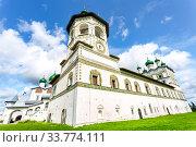 Купить «Nicolo-Vyazhishchsky monastery in Veliky Novgorod», фото № 33774111, снято 23 августа 2019 г. (c) FotograFF / Фотобанк Лори