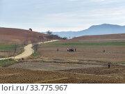 Купить «North Korea countryside landscape», фото № 33775967, снято 29 апреля 2019 г. (c) Знаменский Олег / Фотобанк Лори