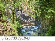 Die Breitachklamm ist eine imposante Felsschlucht in den bayerischen Alpen bei Obersdorf, Deutschland. Стоковое фото, фотограф Zoonar.com/manfred2000 / easy Fotostock / Фотобанк Лори