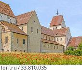 Münster St. Maria und Markus Reichenau-Mittelzell. Стоковое фото, фотограф Zoonar.com/Falke / age Fotostock / Фотобанк Лори