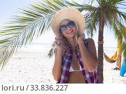 Купить «Caucasian woman enjoying time at the beach», фото № 33836227, снято 25 февраля 2020 г. (c) Wavebreak Media / Фотобанк Лори