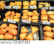 Купить «Fresh delicious cakes and pies with various fillings», фото № 33837831, снято 7 декабря 2019 г. (c) FotograFF / Фотобанк Лори