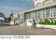 Купить «Langeron Beach in Odessa, Ukraine», фото № 33858391, снято 3 сентября 2019 г. (c) Sergii Zarev / Фотобанк Лори