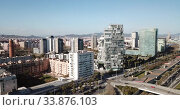 Купить «Modern high-rise buildings in the coastal residential areas of Diagonal Mar and Poblenou», видеоролик № 33876103, снято 5 марта 2019 г. (c) Яков Филимонов / Фотобанк Лори