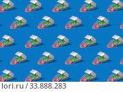 Купить «Flexible rainbow spring in a silver food container.», фото № 33888283, снято 30 сентября 2019 г. (c) Ярослав Данильченко / Фотобанк Лори