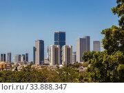View of the urban development of tel Aviv. Israel (2012 год). Редакционное фото, фотограф Наталья Волкова / Фотобанк Лори