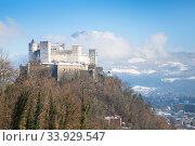 Beautiful view on Salzburg skyline with Festung Hohensalzburg in the winter (2018 год). Стоковое фото, фотограф Nataliia Zhekova / Фотобанк Лори