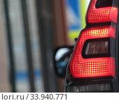 Фара автомобиля. Редакционное фото, фотограф Дмитрий Неумоин / Фотобанк Лори