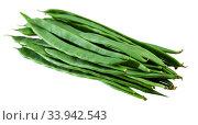Купить «Fresh flat bean pods», фото № 33942543, снято 5 июля 2020 г. (c) Яков Филимонов / Фотобанк Лори